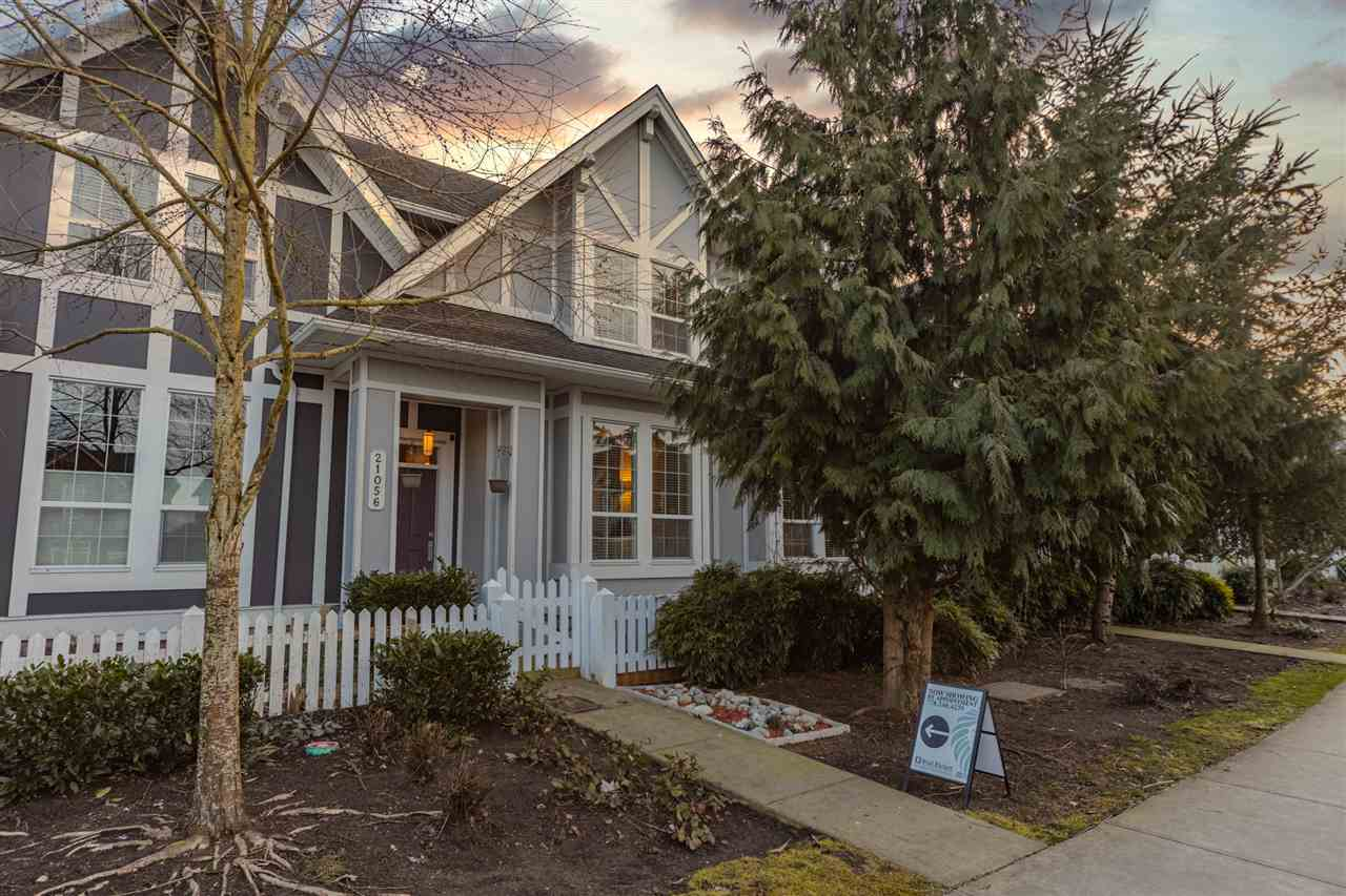 21056 80 AVENUE - Willoughby Heights Row House (Non-Strata) for sale, 4 Bedrooms (R2543511)
