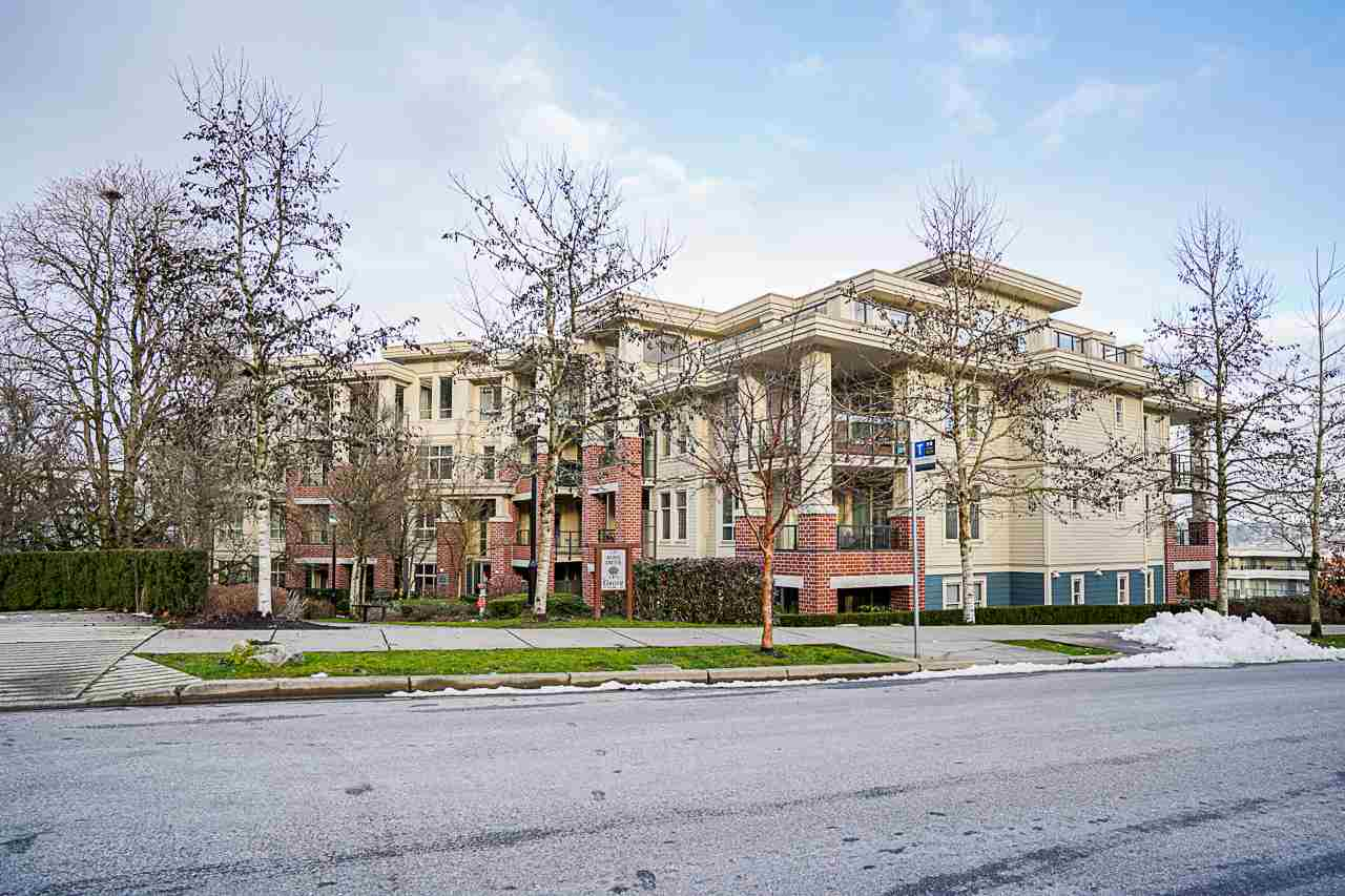 205 245 ROSS DRIVE - Fraserview NW Apartment/Condo for sale, 2 Bedrooms (R2543639) - #1