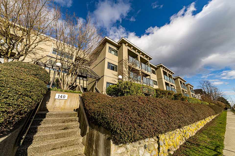 106 140 E 4TH STREET - Lower Lonsdale Apartment/Condo for sale, 1 Bedroom (R2543745) - #1