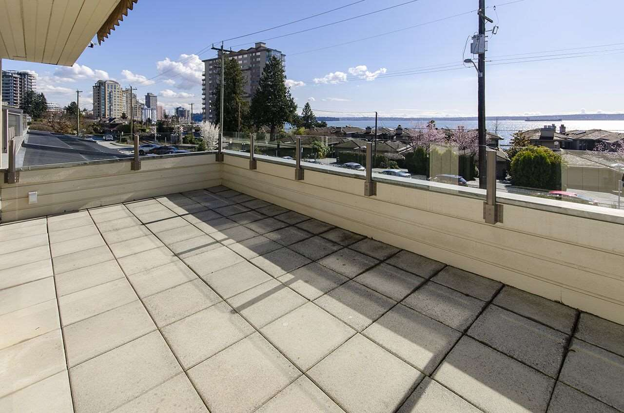 206 225 24TH STREET - Dundarave Apartment/Condo for sale, 2 Bedrooms (R2543989) - #2