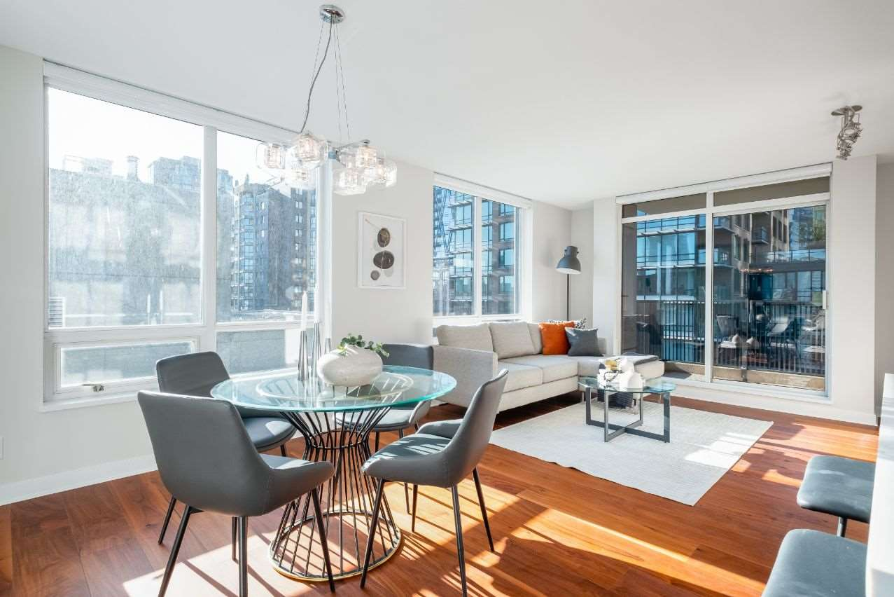 902 1055 HOMER STREET - Yaletown Apartment/Condo for sale, 2 Bedrooms (R2544139) - #1