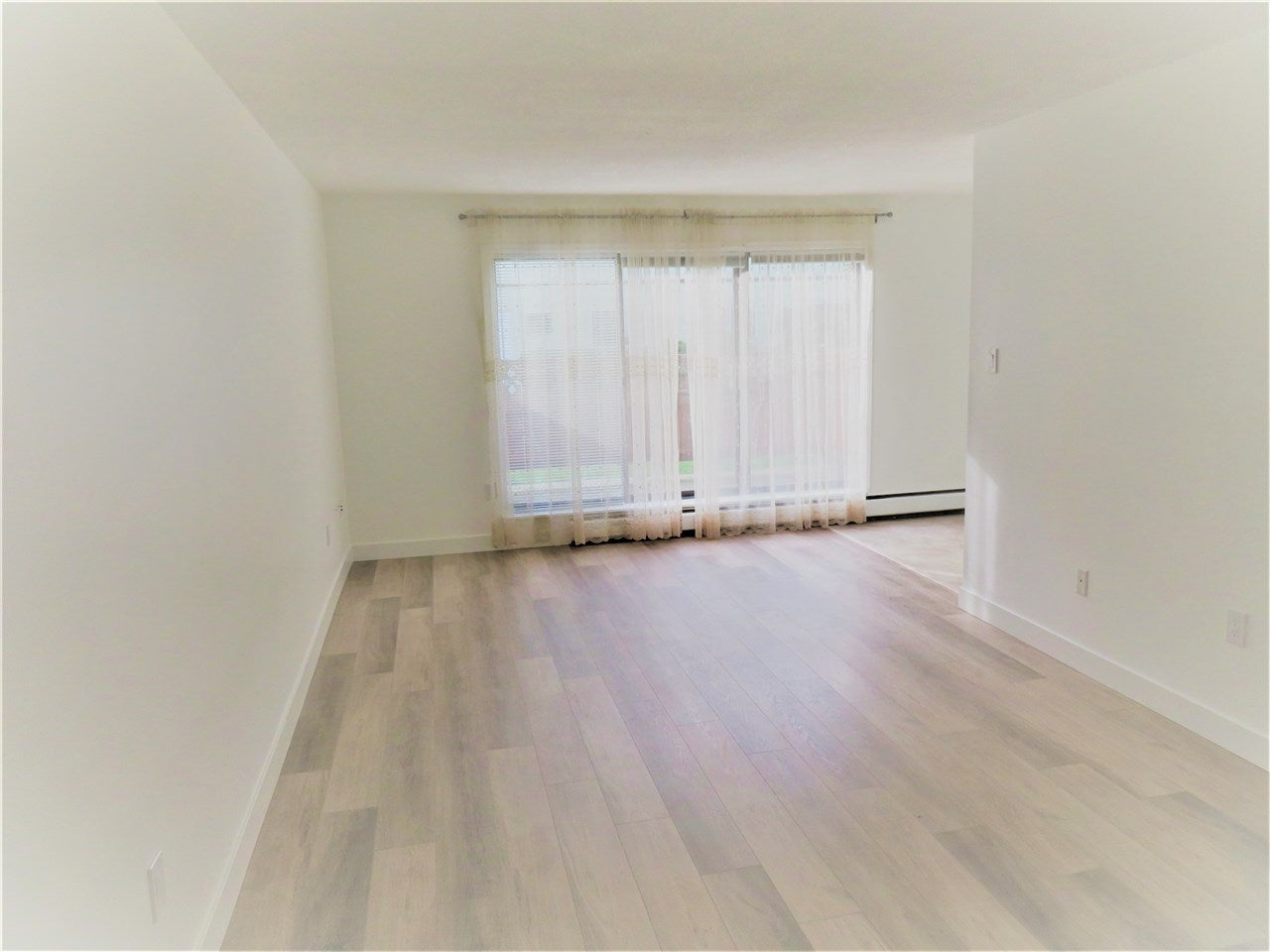 129 8051B RYAN ROAD - South Arm Apartment/Condo for sale, 2 Bedrooms (R2545312)
