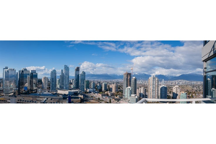 3502 4880 BENNETT STREET - Metrotown Apartment/Condo for sale, 2 Bedrooms (R2545536)