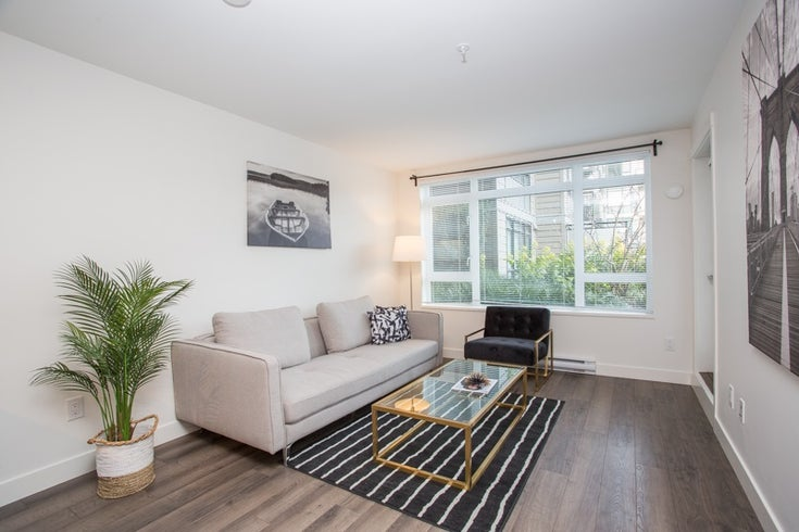 204 2525 CLARKE STREET - Port Moody Centre Apartment/Condo for sale, 1 Bedroom (R2545732)