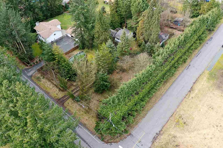 24631 54 AVENUE - Salmon River House with Acreage for sale(R2545772)
