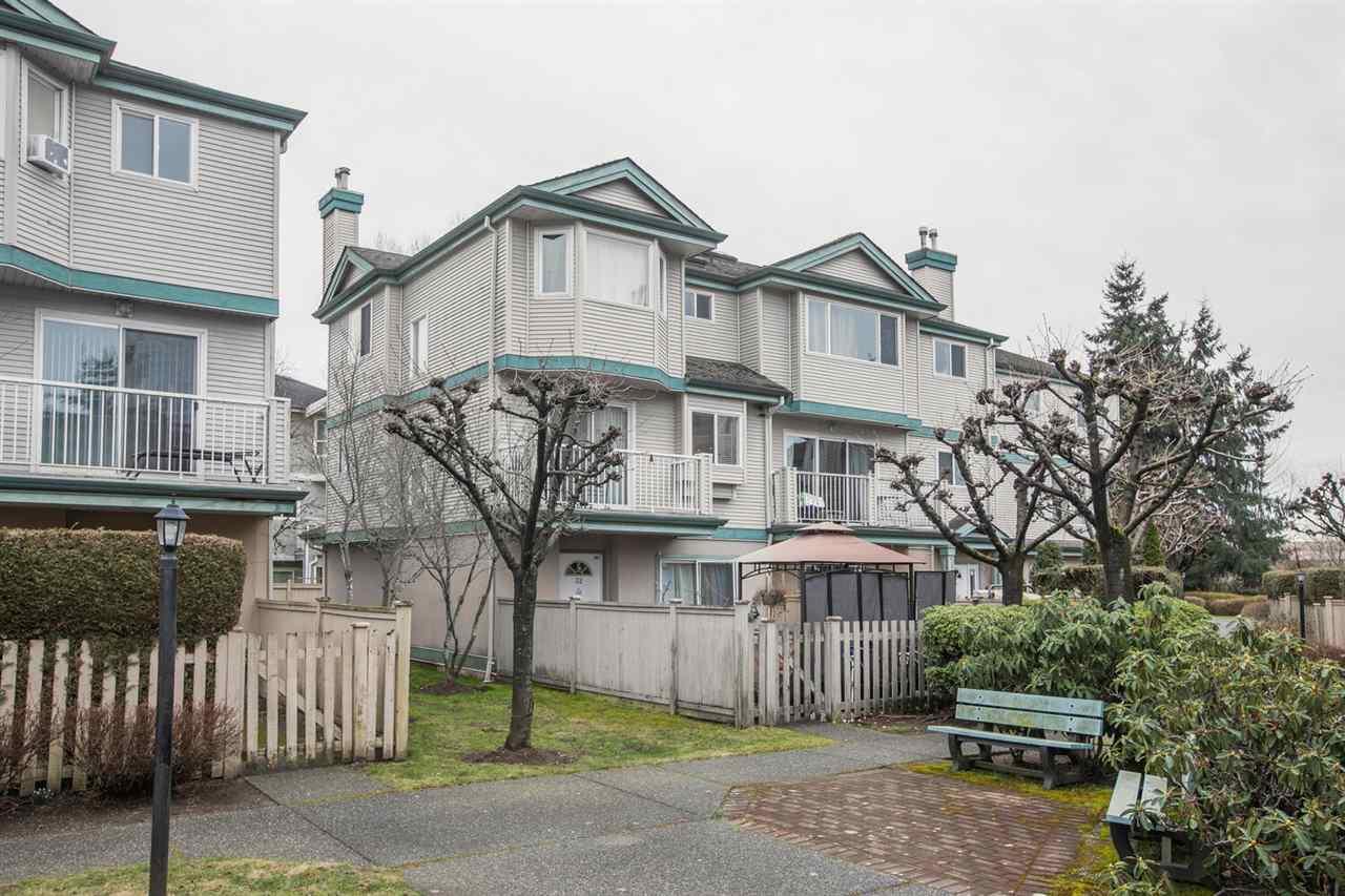32 22800 WINDSOR COURT - Hamilton RI Townhouse for sale, 4 Bedrooms (R2546024)