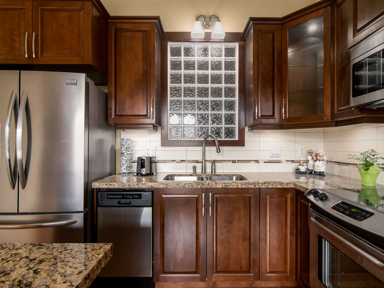 523 8288 207A STREET - Willoughby Heights Apartment/Condo for sale, 1 Bedroom (R2546058) - #1