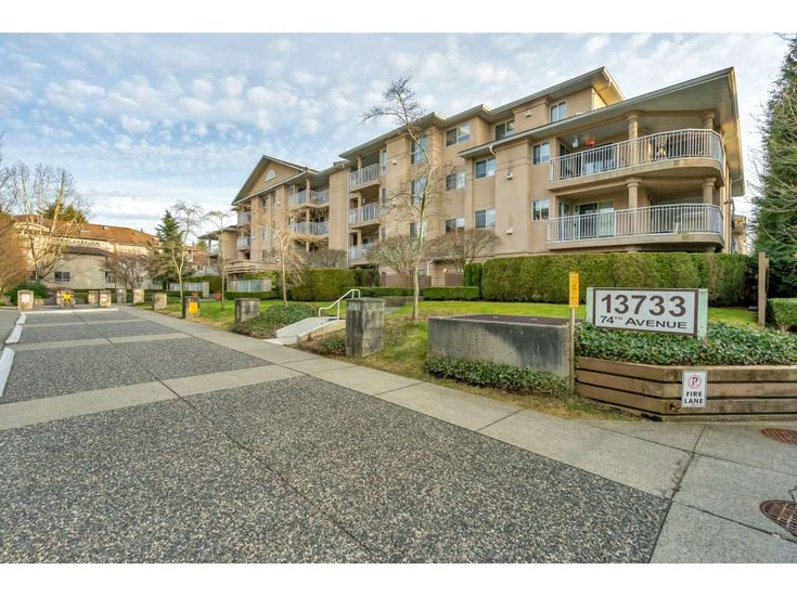 215 13733 74 AVENUE - East Newton Apartment/Condo for sale, 2 Bedrooms (R2546134)