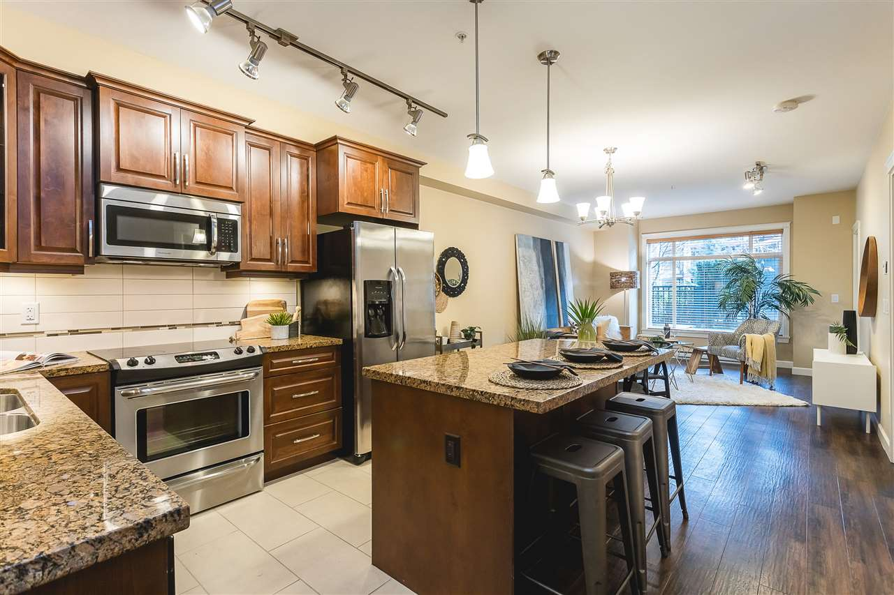 156 8328 207A STREET - Willoughby Heights Apartment/Condo for sale, 2 Bedrooms (R2546386) - #1