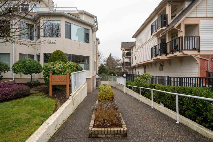 301 1327 BEST STREET - White Rock Apartment/Condo for sale, 2 Bedrooms (R2546714)
