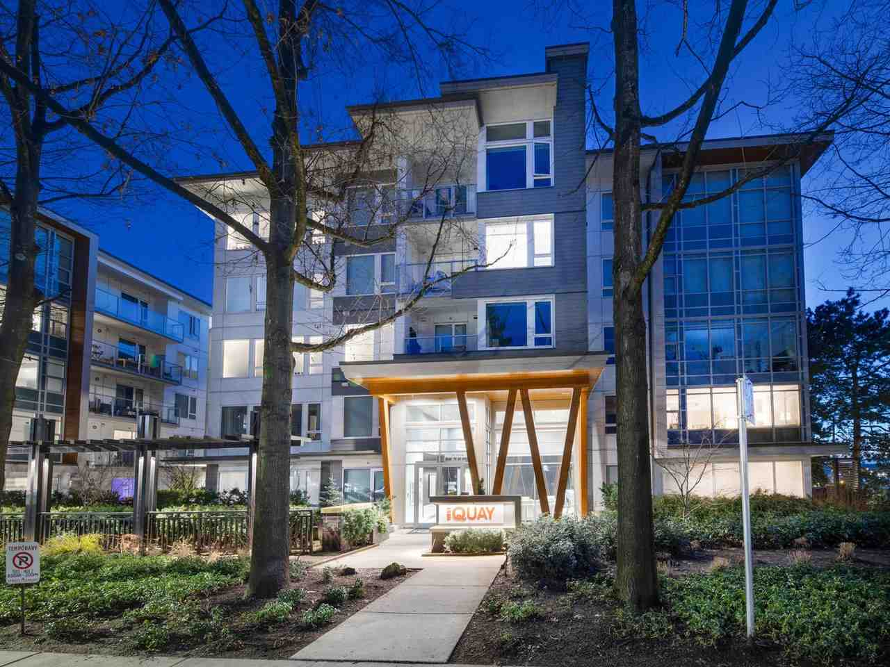310 277 W 1ST STREET - Lower Lonsdale Apartment/Condo for sale, 2 Bedrooms (R2546743) - #1