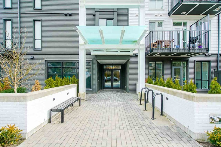 104 10168 149 STREET - Guildford Apartment/Condo for sale, 2 Bedrooms (R2546939)