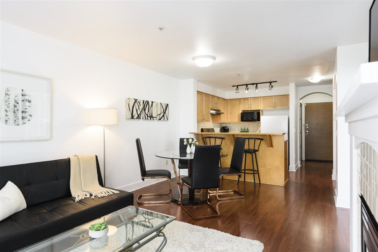210 1868 W 5TH AVENUE - Kitsilano Apartment/Condo for sale, 1 Bedroom (R2547125)