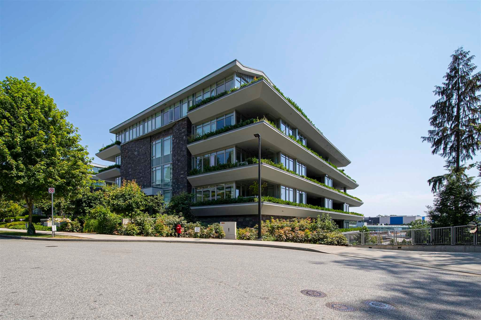 203 866 ARTHUR ERICKSON PLACE - Park Royal Apartment/Condo for sale, 2 Bedrooms (R2547532)