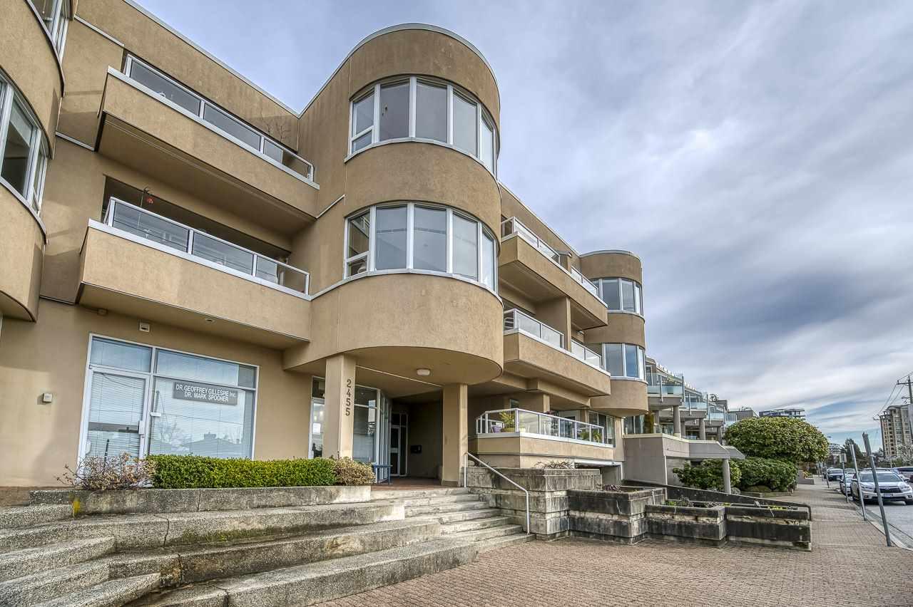 302 2455 BELLEVUE AVENUE - Dundarave Apartment/Condo for sale, 2 Bedrooms (R2547790) - #1