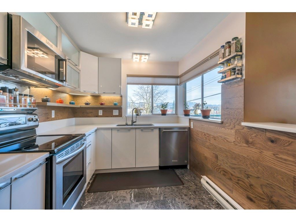 203 33165 OLD YALE ROAD - Central Abbotsford Apartment/Condo for sale, 2 Bedrooms (R2548805) - #1