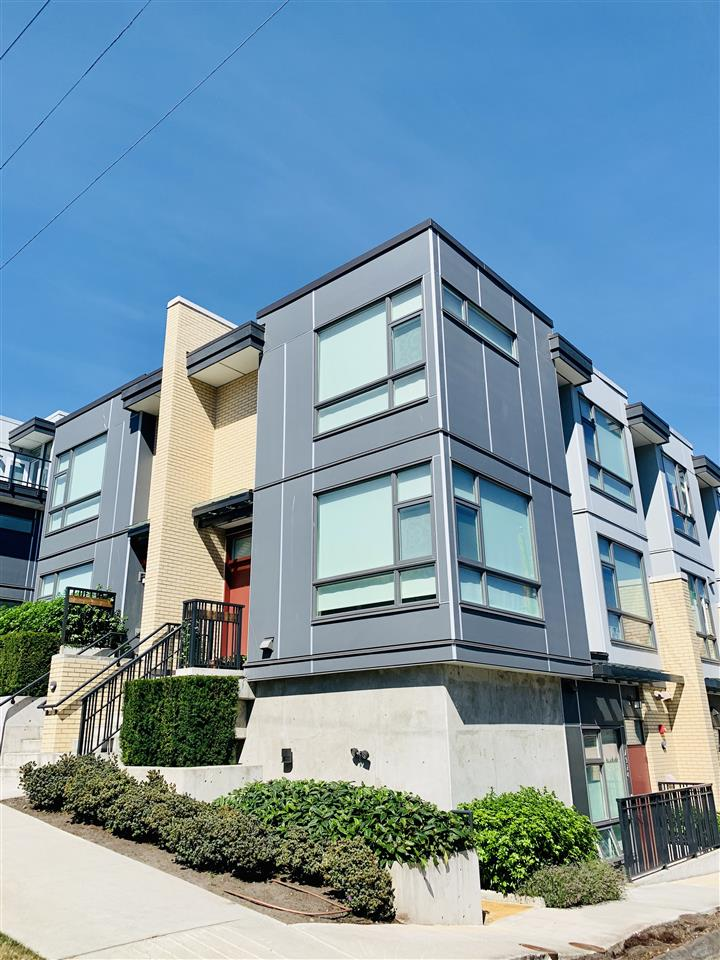 7922 MANITOBA STREET - Marpole Townhouse for sale, 3 Bedrooms (R2549330)