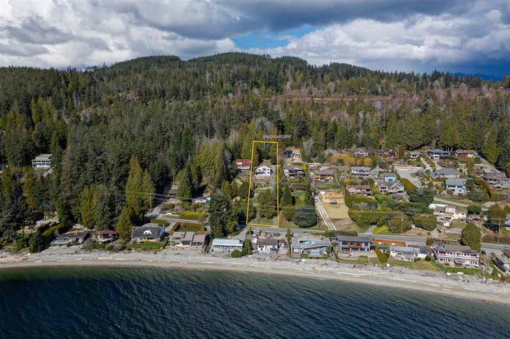 6896 SUNSHINE COAST HIGHWAY - Sechelt District House/Single Family for sale, 3 Bedrooms (R2549421)