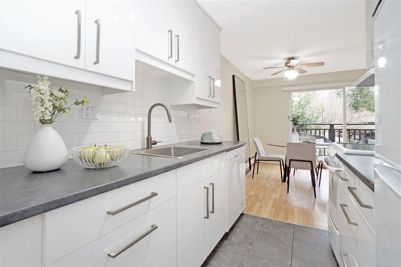 701 555 W 28TH STREET - Upper Lonsdale Apartment/Condo for sale, 2 Bedrooms (R2549532) - #16