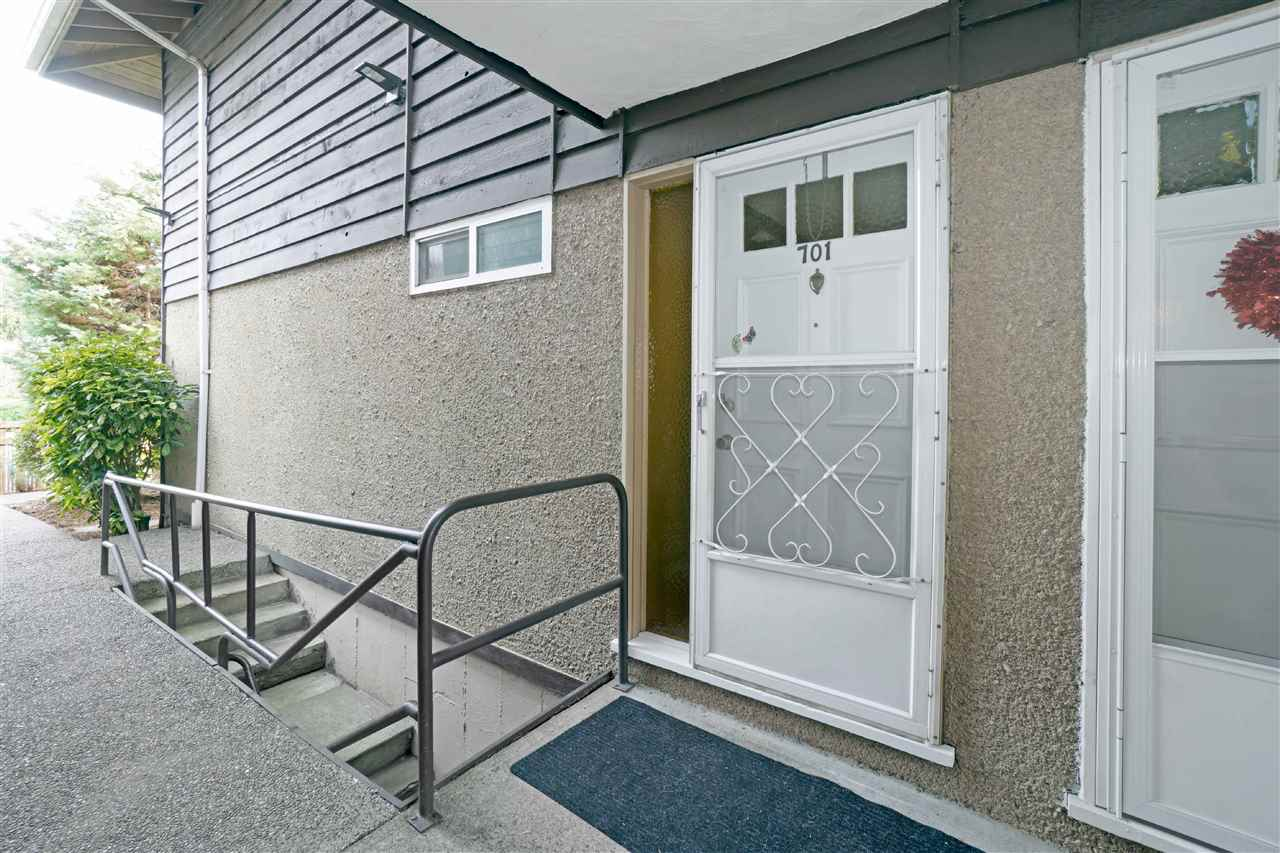 701 555 W 28TH STREET - Upper Lonsdale Apartment/Condo for sale, 2 Bedrooms (R2549532) - #22