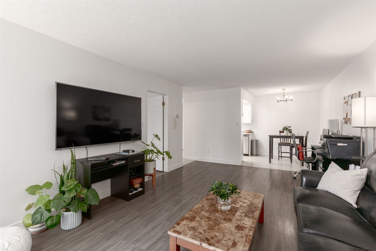 102 206 E 15TH STREET - Central Lonsdale Apartment/Condo for sale, 1 Bedroom (R2551227) - #8