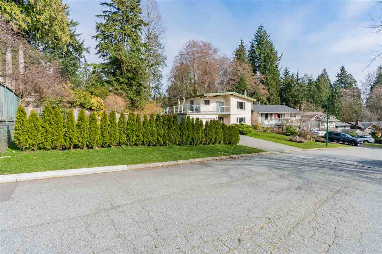 1533 KILMER PLACE - Lynn Valley House/Single Family for sale, 5 Bedrooms (R2551348) - #2