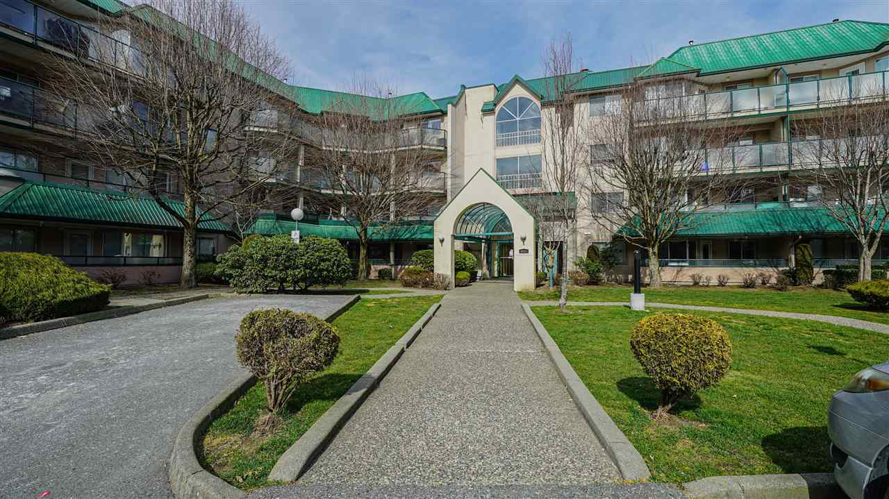 111 2964 TRETHEWEY STREET - Abbotsford West Apartment/Condo for sale, 2 Bedrooms (R2551612) - #1
