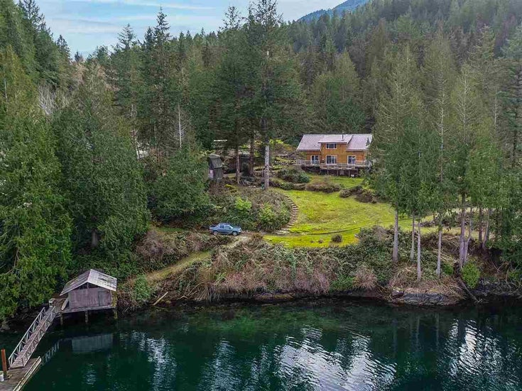 6797 DORISTON HIGHWAY - Pender Harbour Egmont House with Acreage for sale, 5 Bedrooms (R2552118)