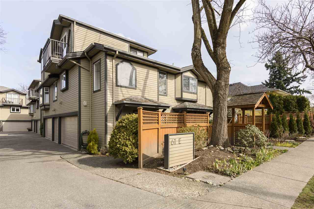 5 61 E 23RD AVENUE - Main Townhouse for sale, 2 Bedrooms (R2552570) - #1