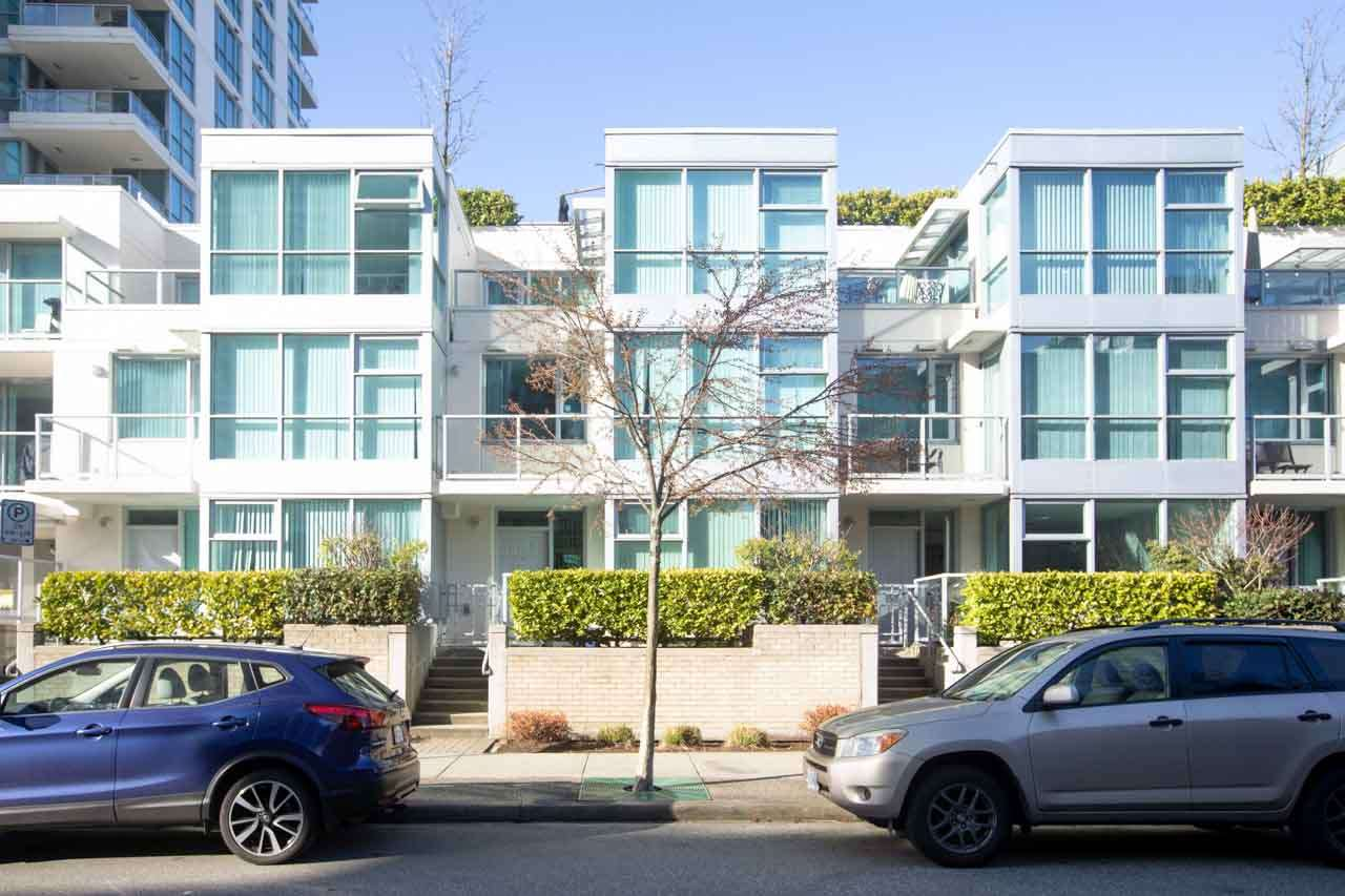 139 MILROSS AVENUE - Downtown VE Townhouse for sale, 2 Bedrooms (R2553176) - #1