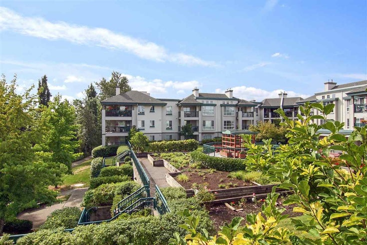 302 19528 FRASER HIGHWAY - Cloverdale BC Apartment/Condo for sale, 1 Bedroom (R2554897)