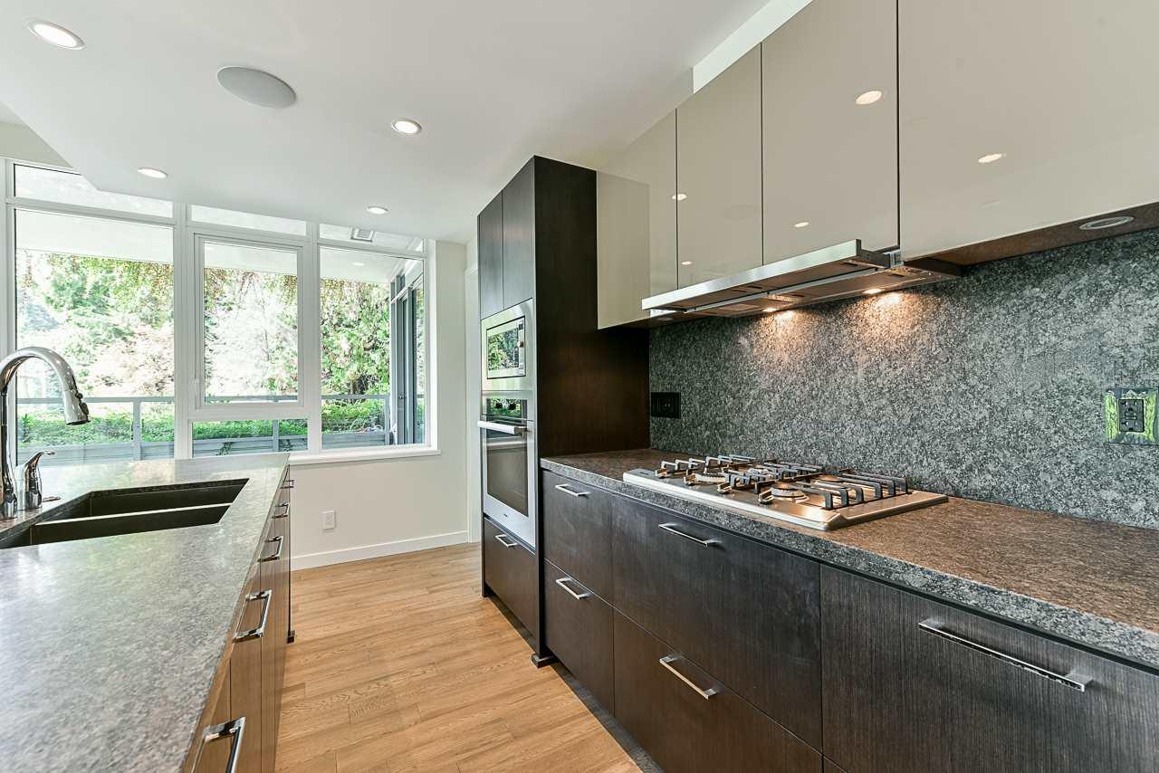 203 788 ARTHUR ERICKSON PLACE - Park Royal Apartment/Condo for sale, 2 Bedrooms (R2556551) - #11