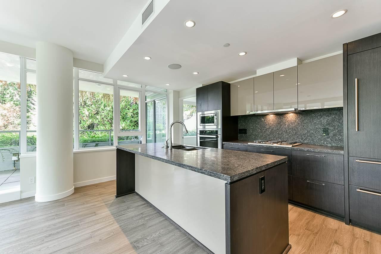 203 788 ARTHUR ERICKSON PLACE - Park Royal Apartment/Condo for sale, 2 Bedrooms (R2556551) - #12