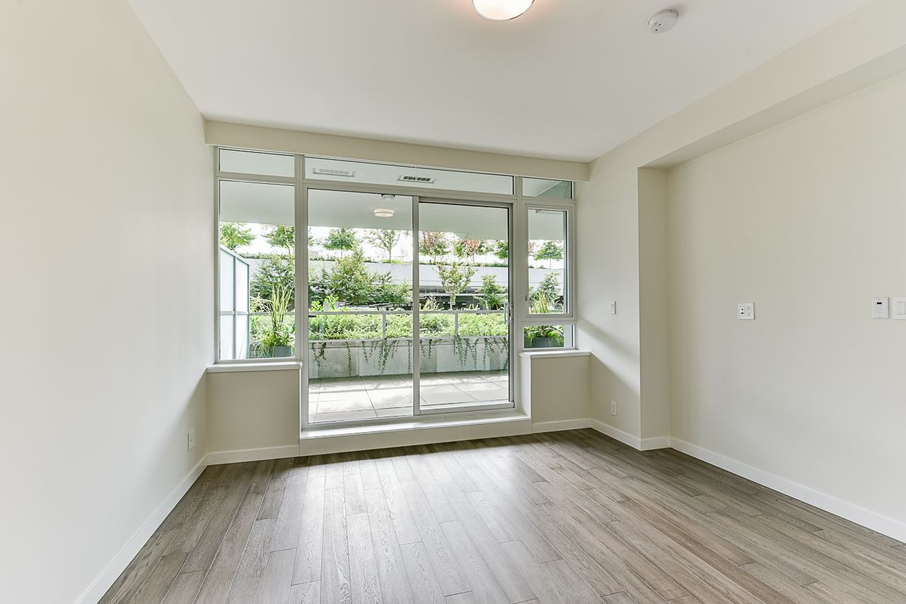 203 788 ARTHUR ERICKSON PLACE - Park Royal Apartment/Condo for sale, 2 Bedrooms (R2556551) - #15
