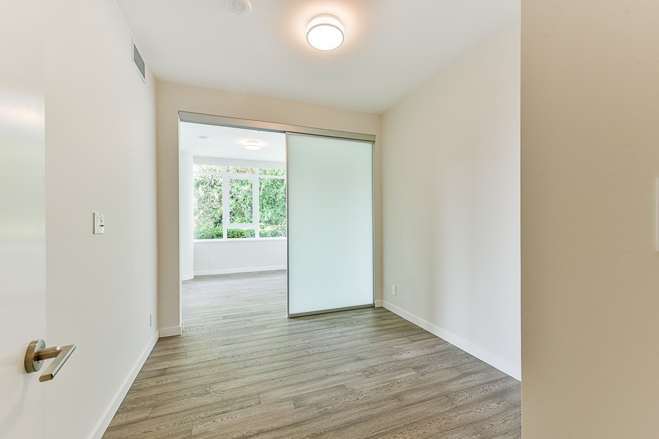 203 788 ARTHUR ERICKSON PLACE - Park Royal Apartment/Condo for sale, 2 Bedrooms (R2556551) - #24