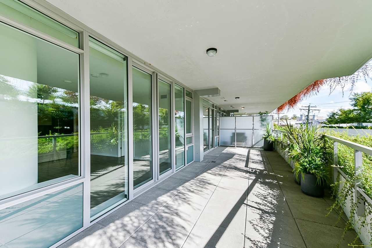 203 788 ARTHUR ERICKSON PLACE - Park Royal Apartment/Condo for sale, 2 Bedrooms (R2556551) - #28