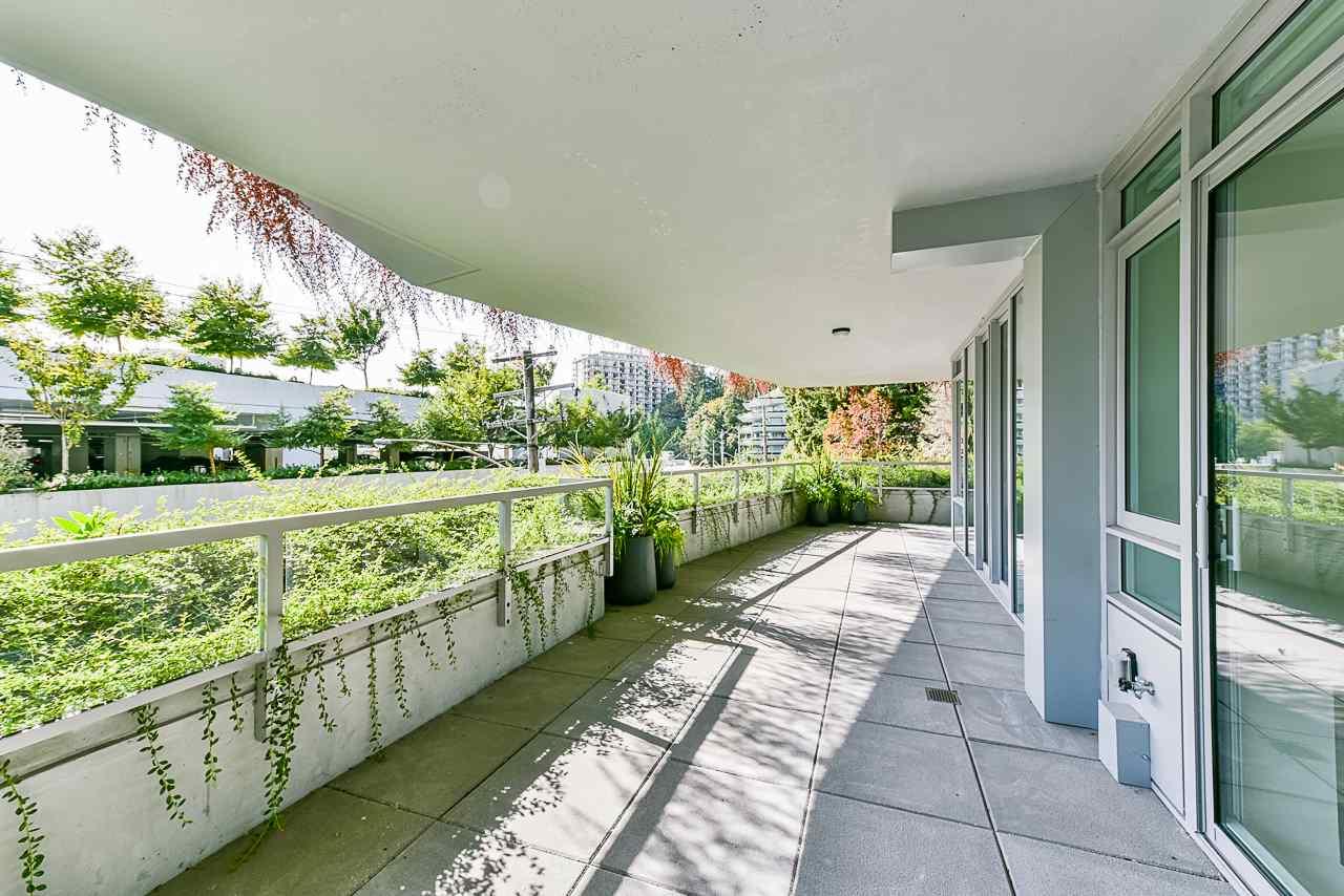 203 788 ARTHUR ERICKSON PLACE - Park Royal Apartment/Condo for sale, 2 Bedrooms (R2556551) - #30