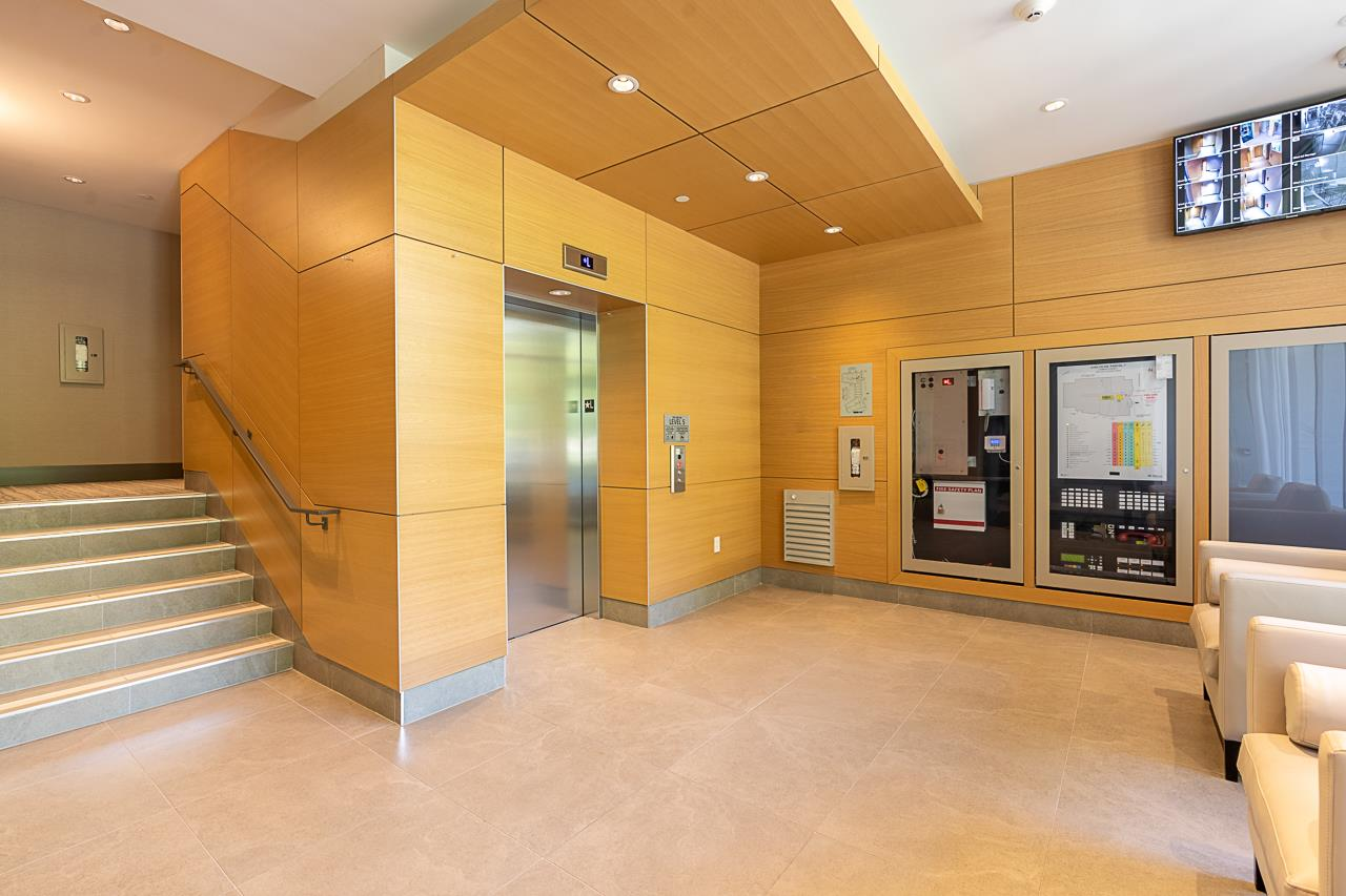 203 788 ARTHUR ERICKSON PLACE - Park Royal Apartment/Condo for sale, 2 Bedrooms (R2556551) - #34