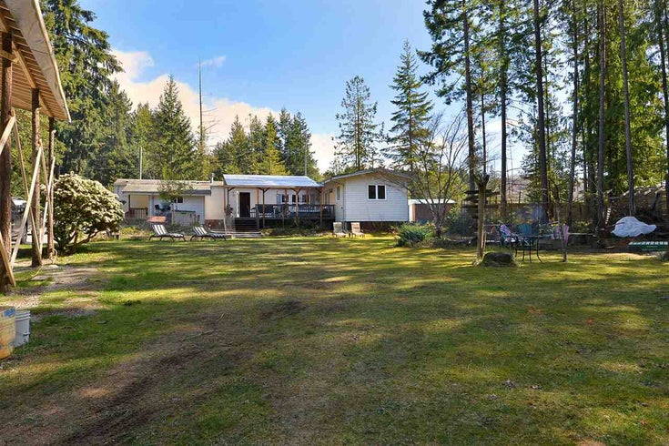 6111 SECHELT INLET ROAD - Sechelt District House/Single Family for sale, 3 Bedrooms (R2557718)