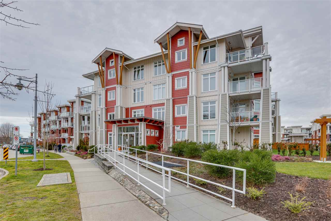 208 4211 BAYVIEW STREET - Steveston South Apartment/Condo for sale, 3 Bedrooms (R2558012)