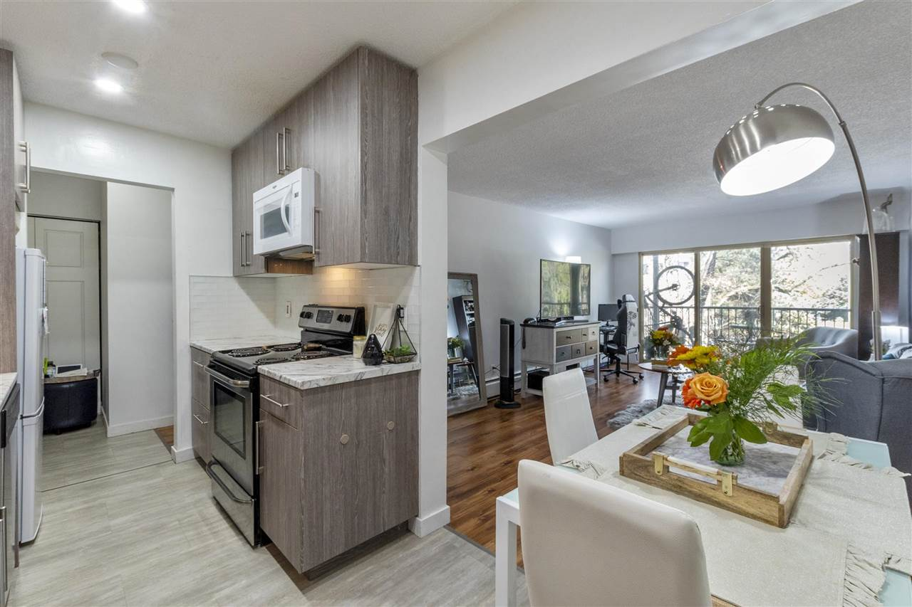 308 225 W 3RD STREET - Lower Lonsdale Apartment/Condo for sale, 1 Bedroom (R2558056) - #1