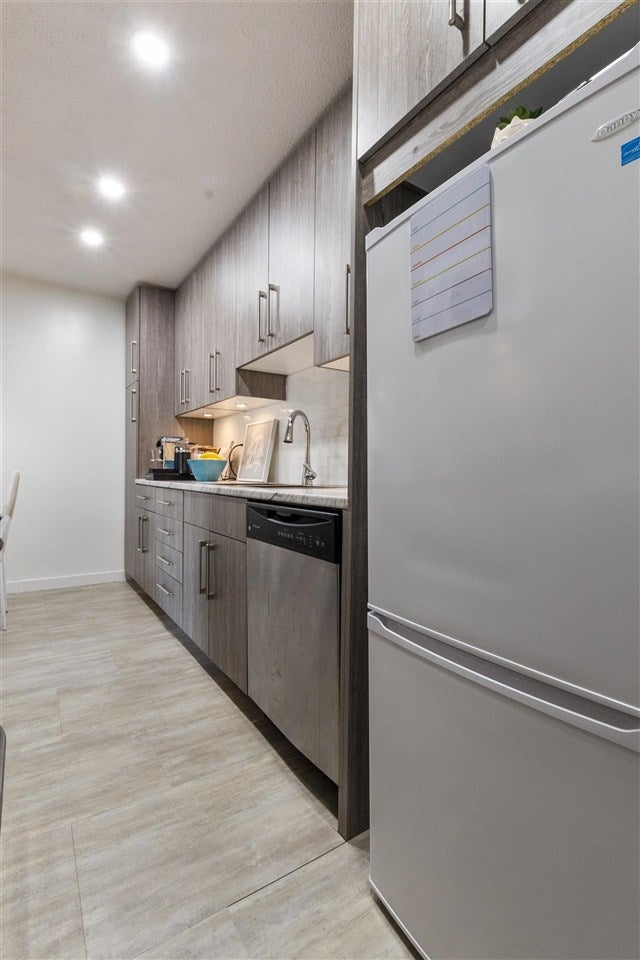 308 225 W 3RD STREET - Lower Lonsdale Apartment/Condo for sale, 1 Bedroom (R2558056) - #3