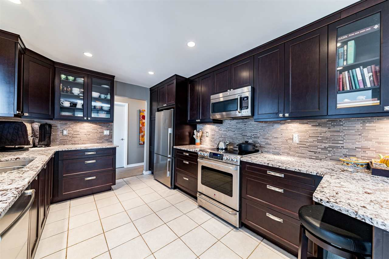 303 1133 E 29TH STREET - Lynn Valley Apartment/Condo for sale, 2 Bedrooms (R2559109) - #2