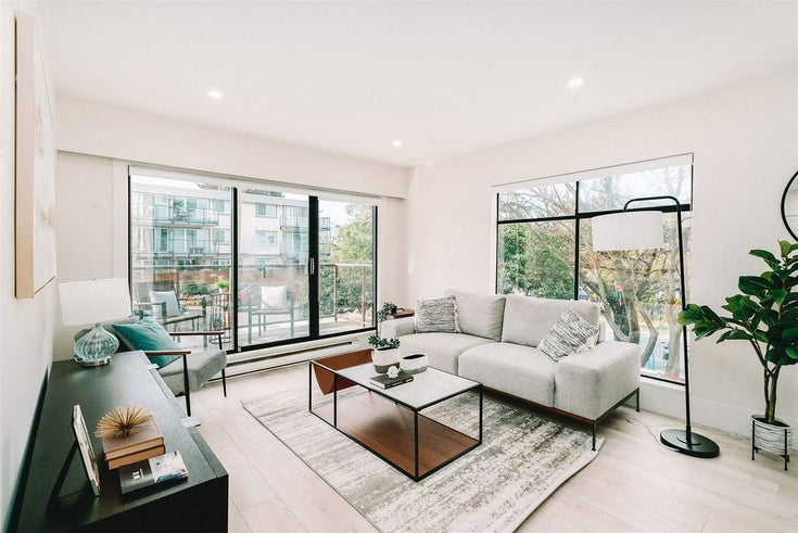 215 2222 PRINCE EDWARD STREET - Mount Pleasant VE Apartment/Condo for sale, 2 Bedrooms (R2559465)