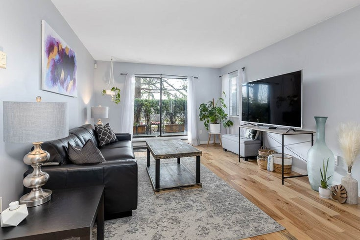 110 13775 74 AVENUE - East Newton Apartment/Condo for sale, 2 Bedrooms (R2559529)