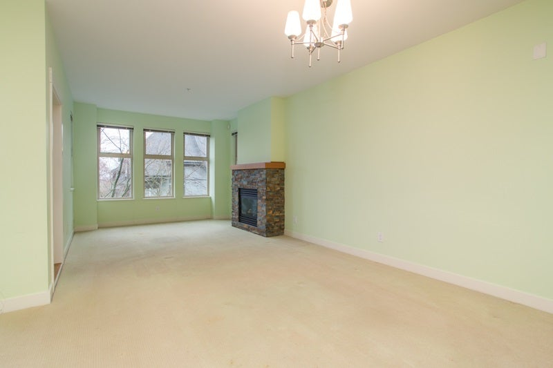 204 188 W 29TH STREET - Upper Lonsdale Apartment/Condo for sale, 2 Bedrooms (R2559812) - #15