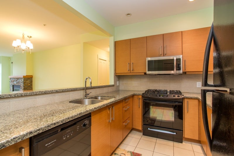204 188 W 29TH STREET - Upper Lonsdale Apartment/Condo for sale, 2 Bedrooms (R2559812) - #8