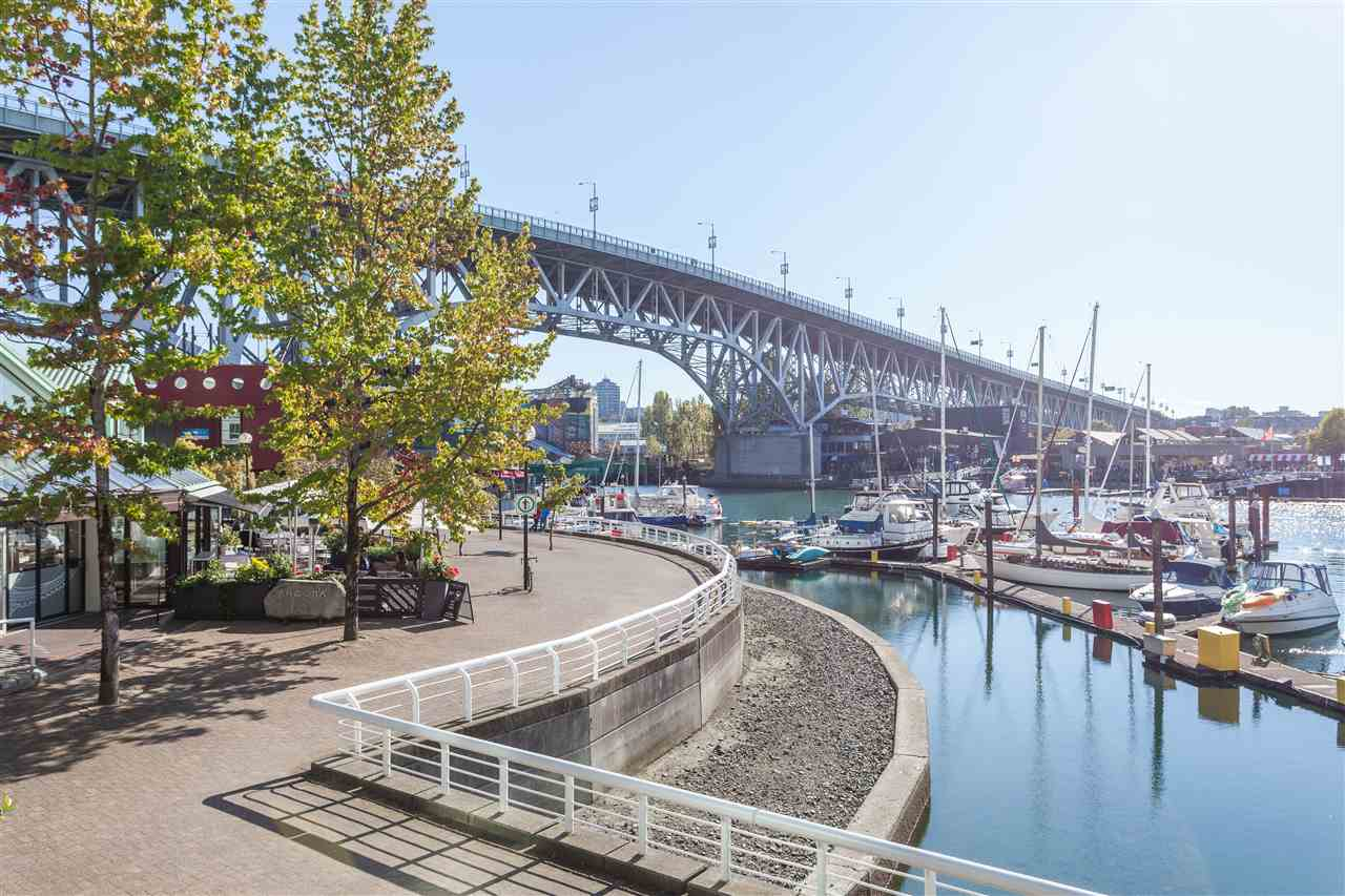 2504 1455 HOWE STREET - Yaletown Apartment/Condo for sale, 2 Bedrooms (R2560069) - #32