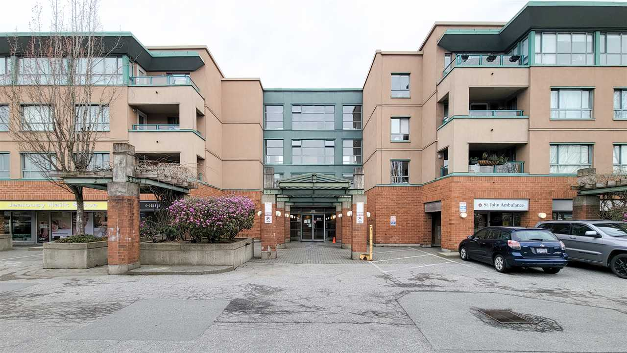 PH5 223 MOUNTAIN HIGHWAY HIGHWAY - Lynnmour Apartment/Condo for sale, 2 Bedrooms (R2560241) - #1