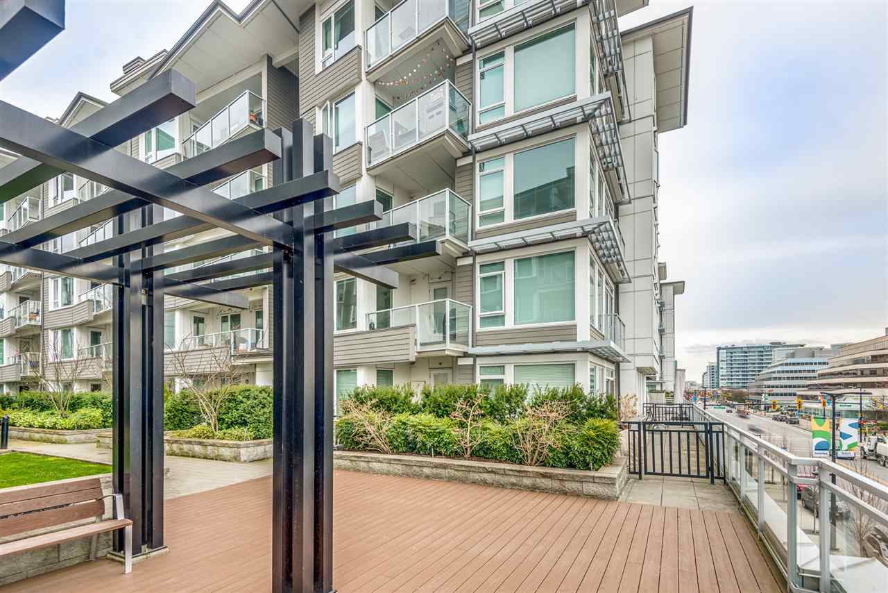210 255 W 1ST STREET - Lower Lonsdale Apartment/Condo for sale, 2 Bedrooms (R2560326) - #24